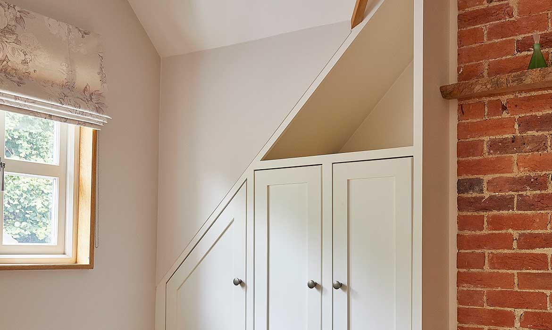 Elcox-bedroom-1-furniture-CS6